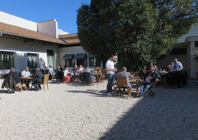 "Conviviality, Sun, Wine and ""Pond of thau"", all ingredients to live a beautiful day in Marseillan."