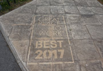 Great Place To Work 2017 ! Mars 2017 - 800 personnes