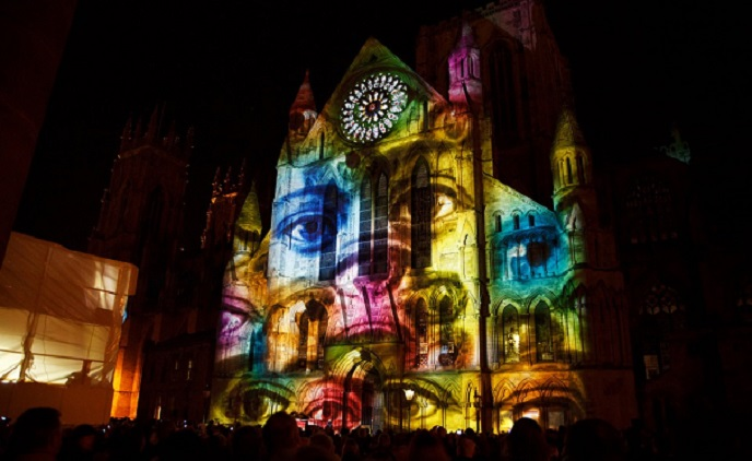 Video mapping on a cathedral